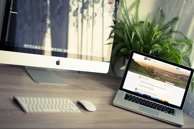 coolest MacBook Pro Mockup in PSD for free download
