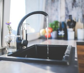 How To Choose The Right Type Of Kitchen Sink